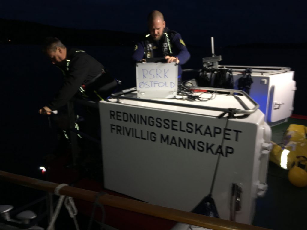 Vår første tur – til land med redningsskøyta