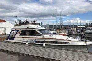 Barndomsvenner på båttur